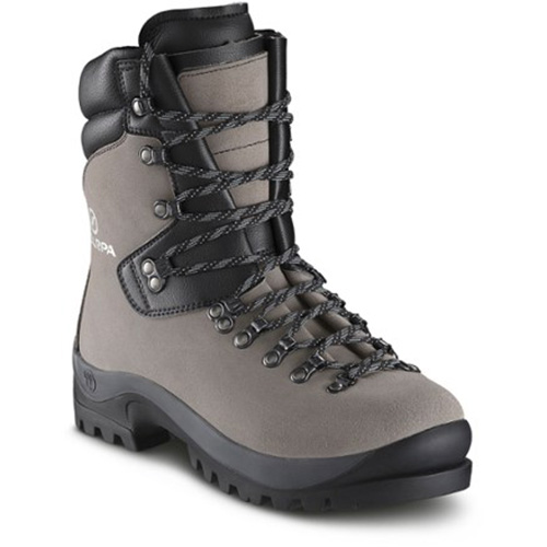 135 - Scarpa Feugo Mountaineering Boots sale discount price